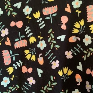LulaRoe Perfect-T Size L